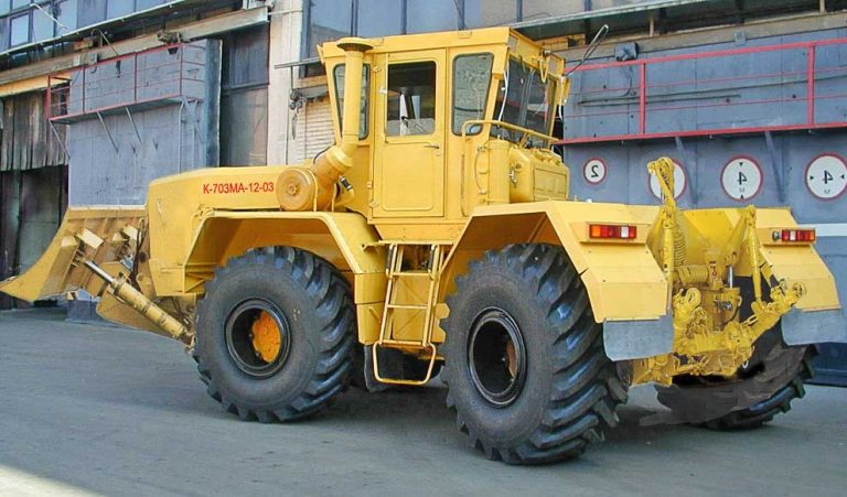 КИРОВЕЦ K-703M
